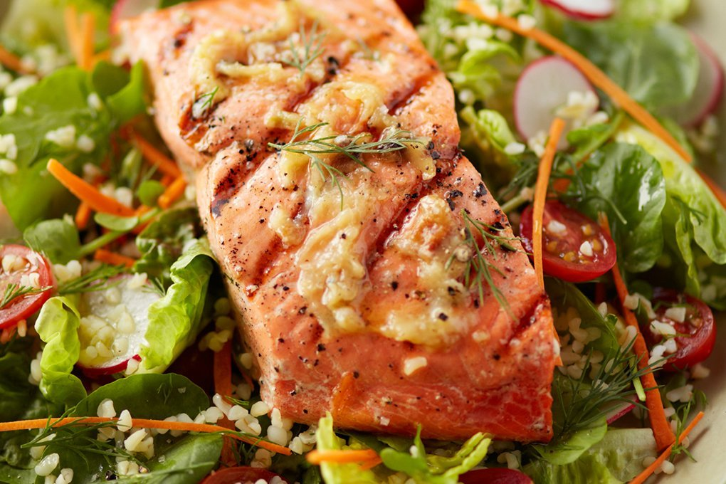 Garlic Grilled Salmon Salad