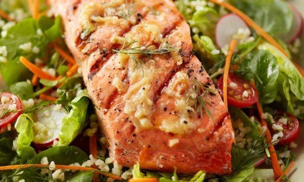 Garlic Grilled Salmon Salad