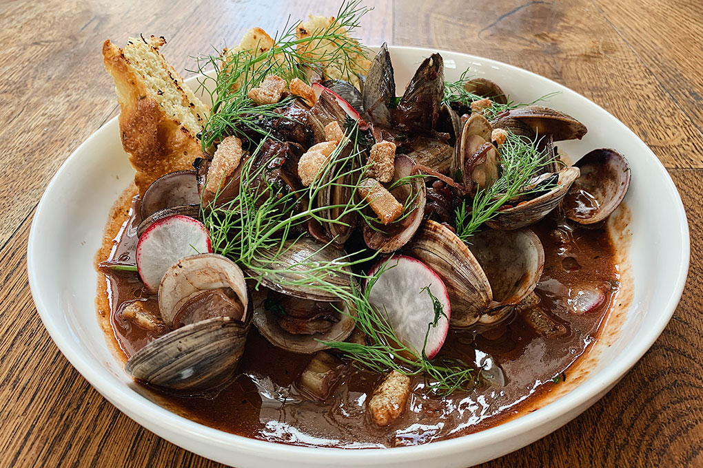 Picture for Steamed Clams in Arrabbiata