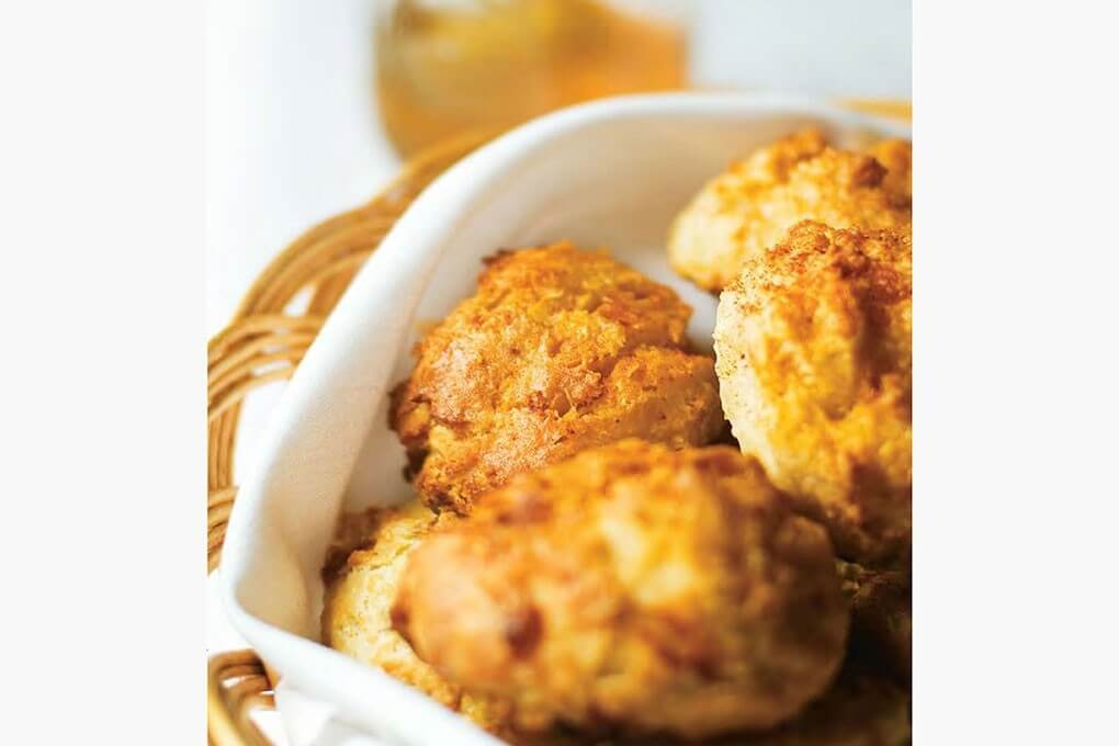 Garlic and Cheddar Biscuits with paprika, garlic powder and nutmeg